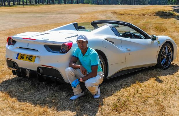 Ferrari 488 Supercar Fashion Gentleman Driving