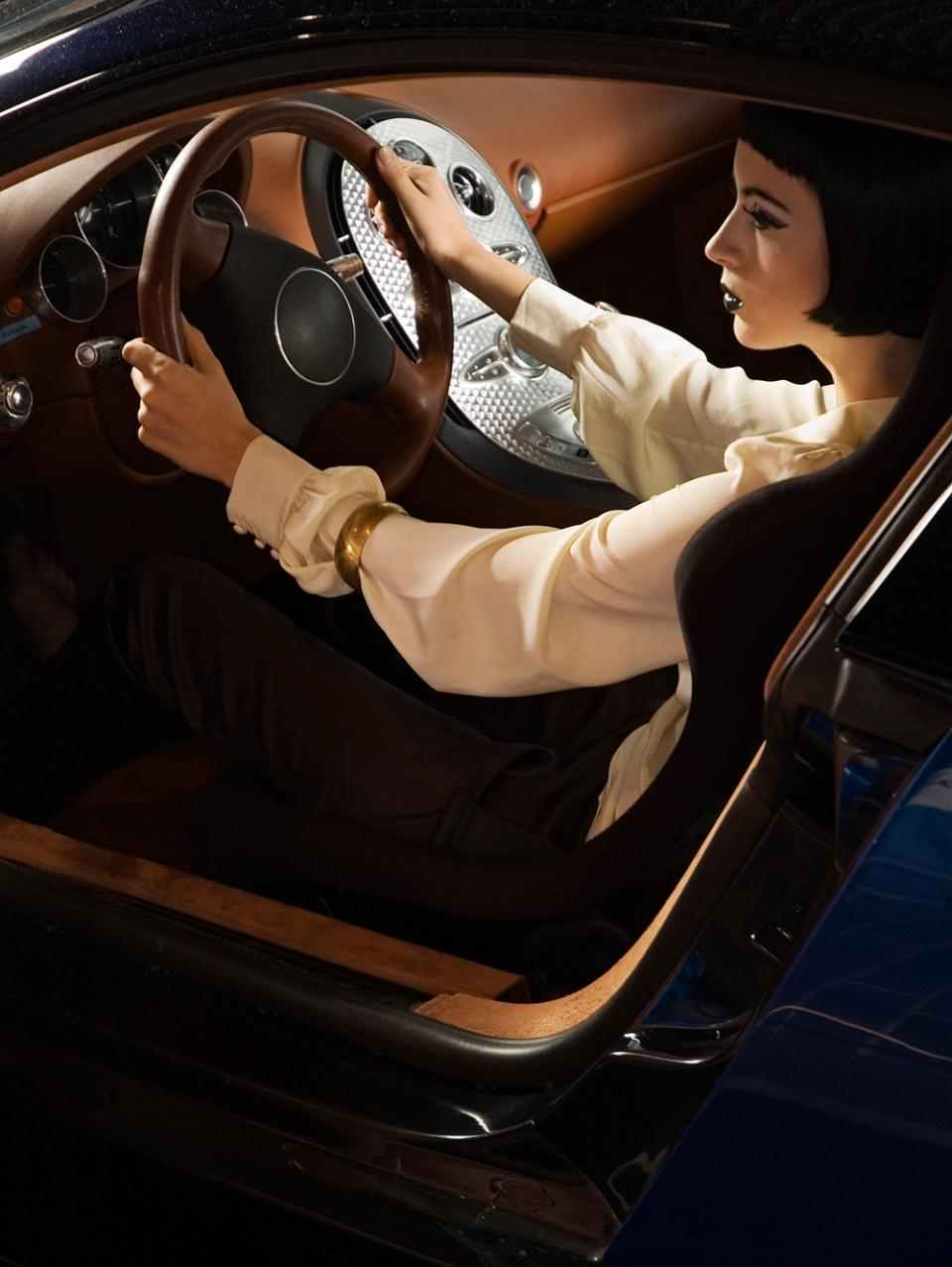 Bugatti Veyron Luxury Supercar Fashion